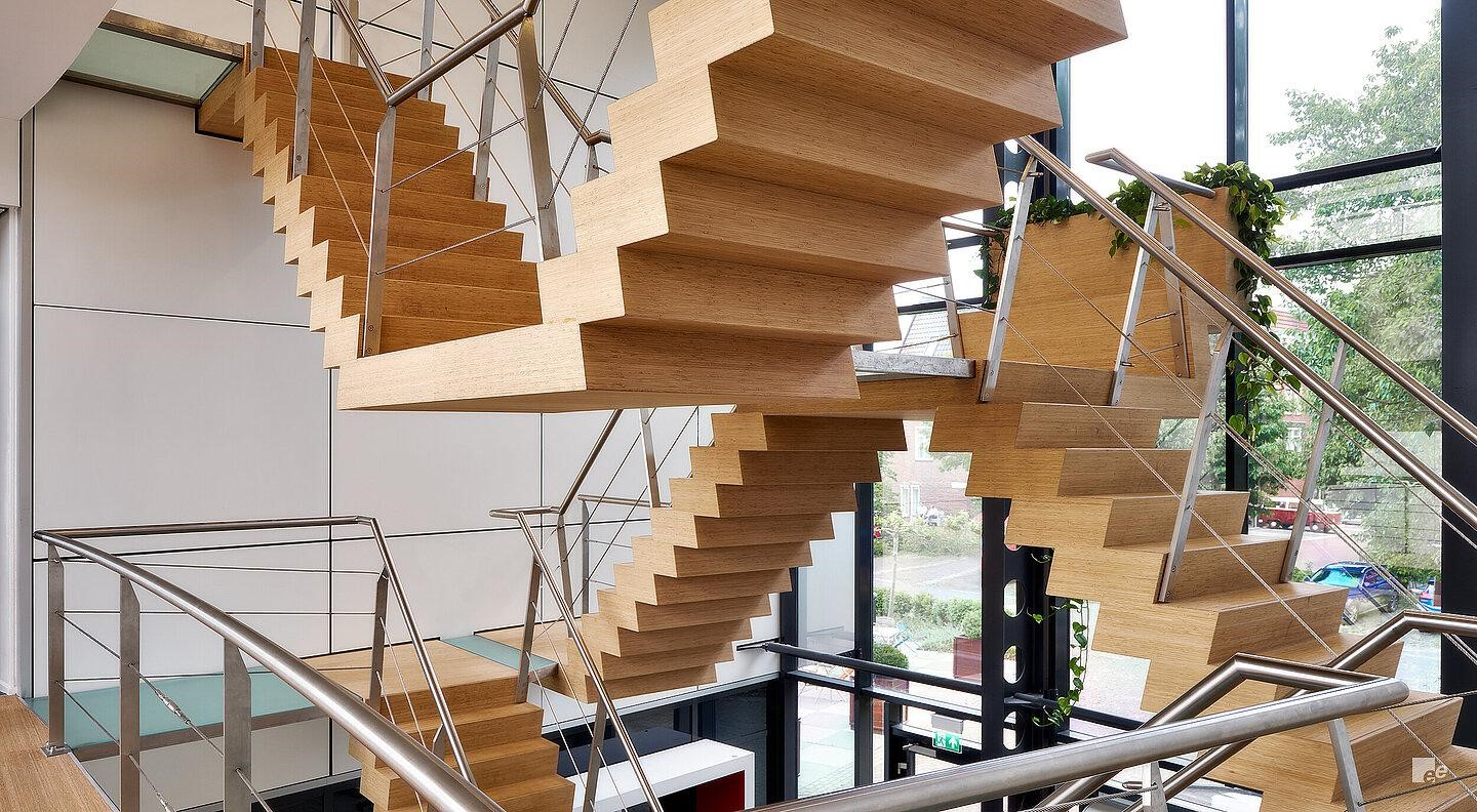 Why It Is A Breeze To Have Stunning Floating Stairs In Your Home Space